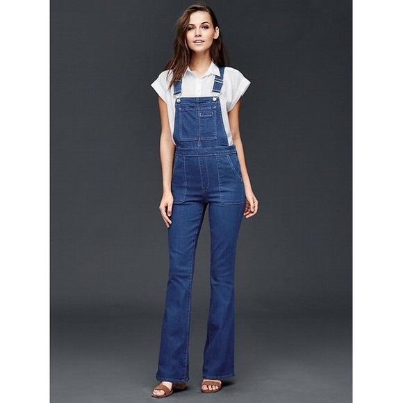 63eeb63951cb Gap denim stretch flared overalls